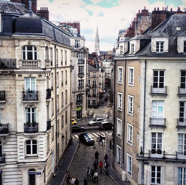 Nantes Strasbourg street from the castle view.jpg