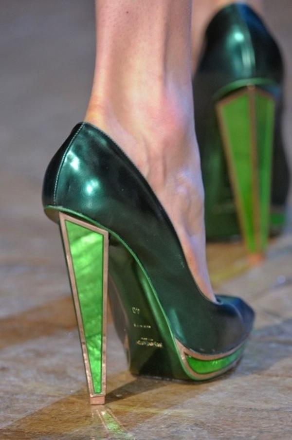 5f06d606e4f YSL green metallic high heel shoes | Cydonia MakeUp