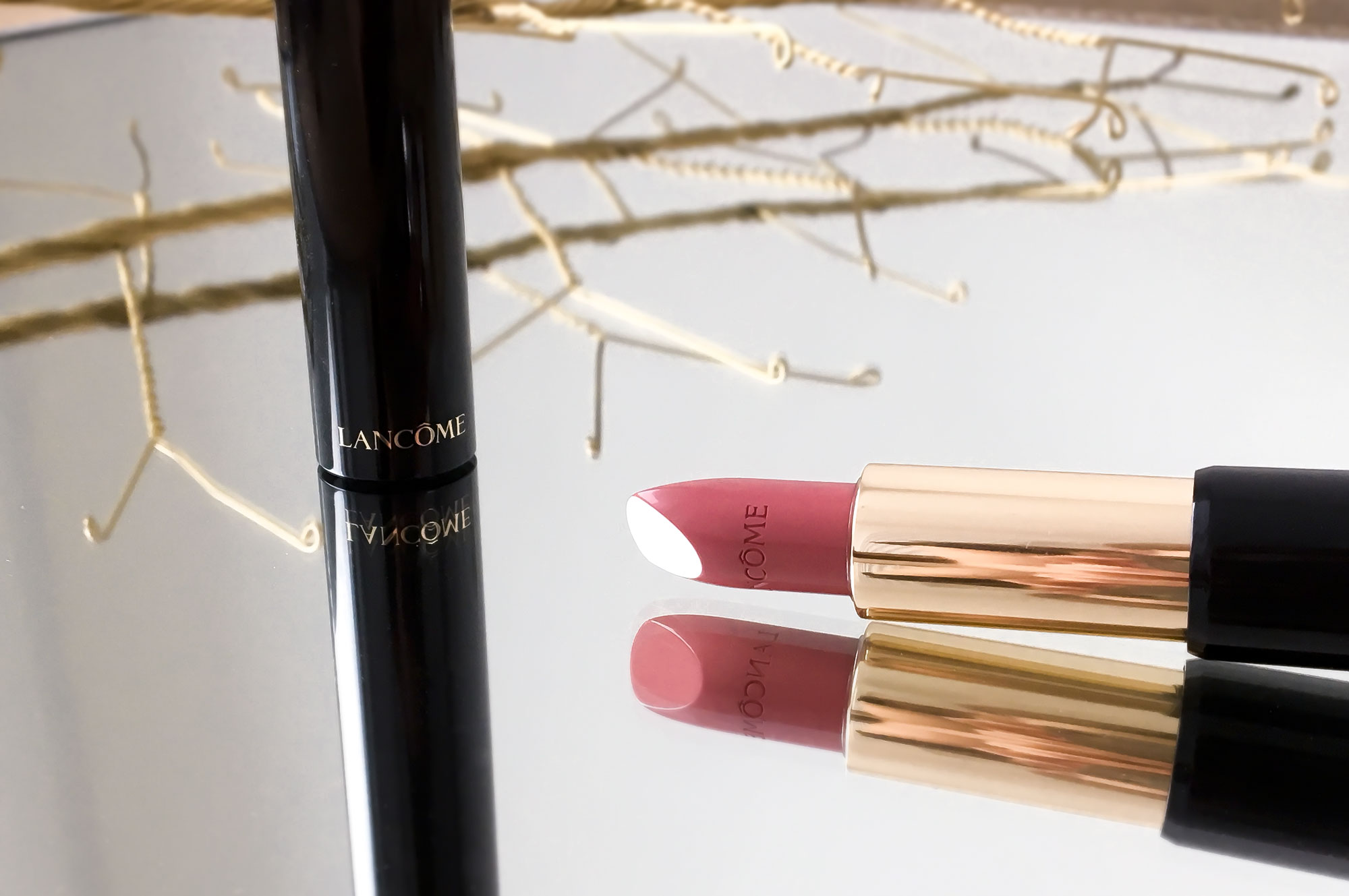 Lancome L'Absolu Rouge 354 Rose Rhapsodie lipstick closeup