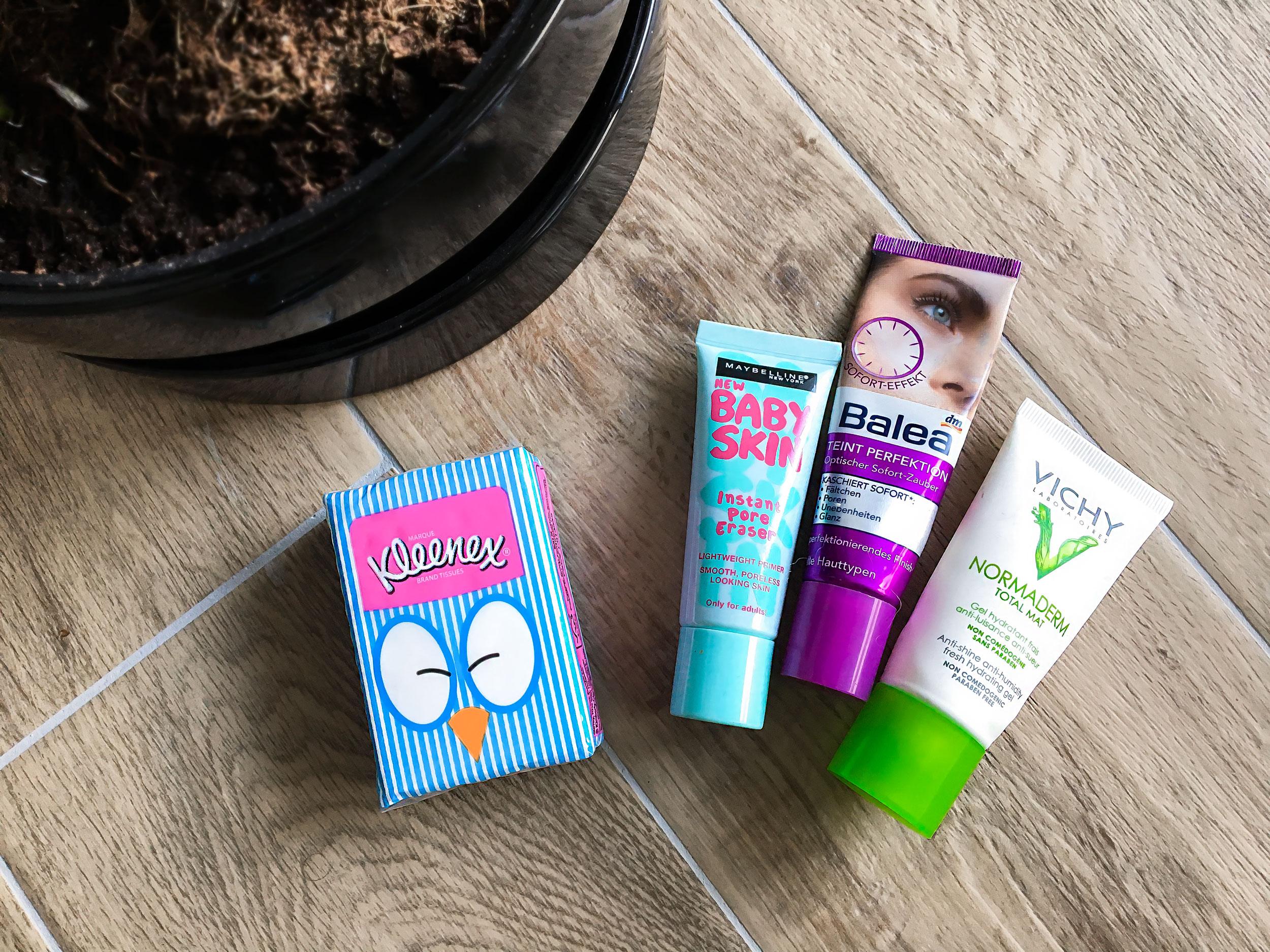Mattifying primers and creams