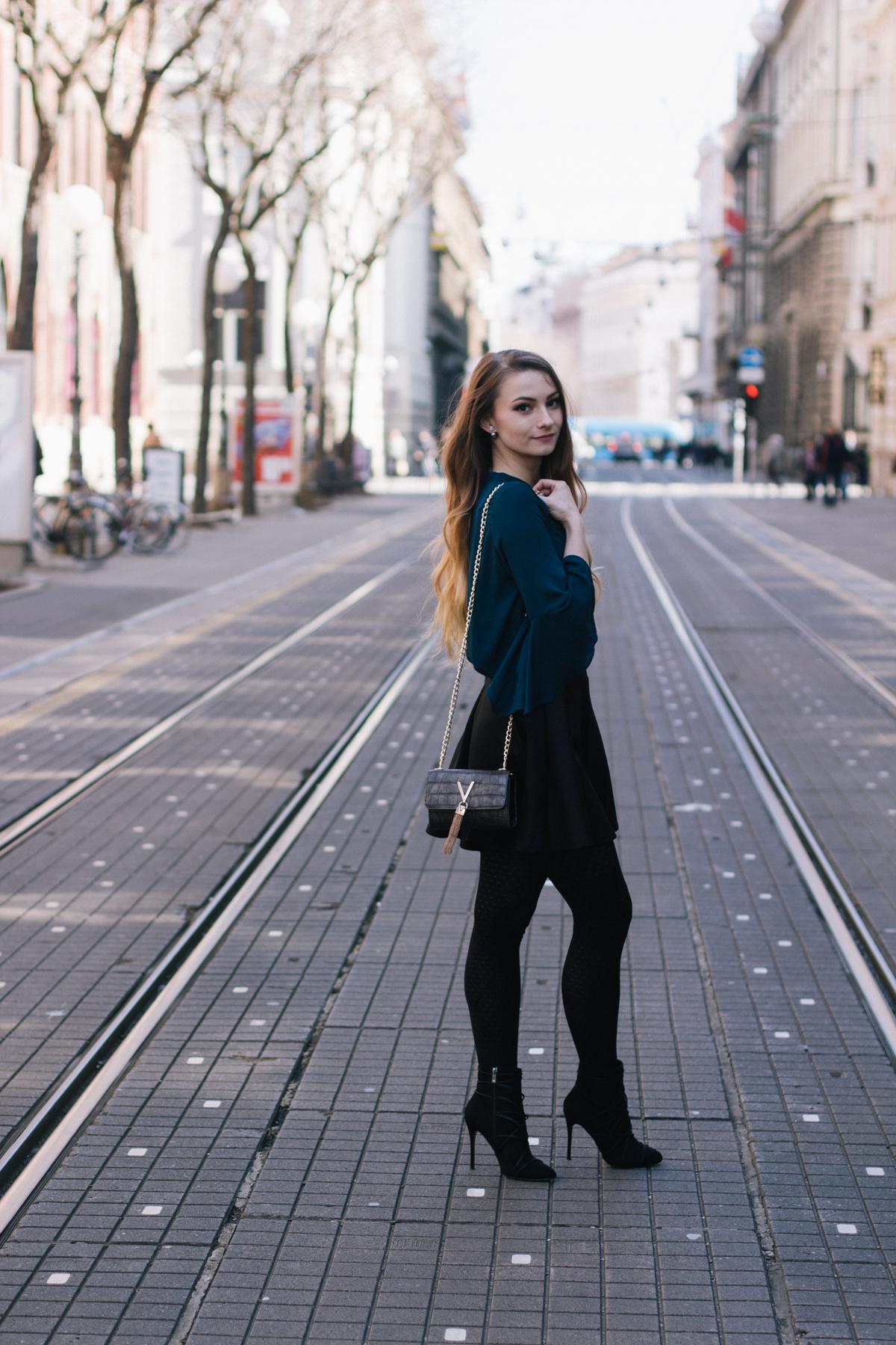 Cydonia_pose