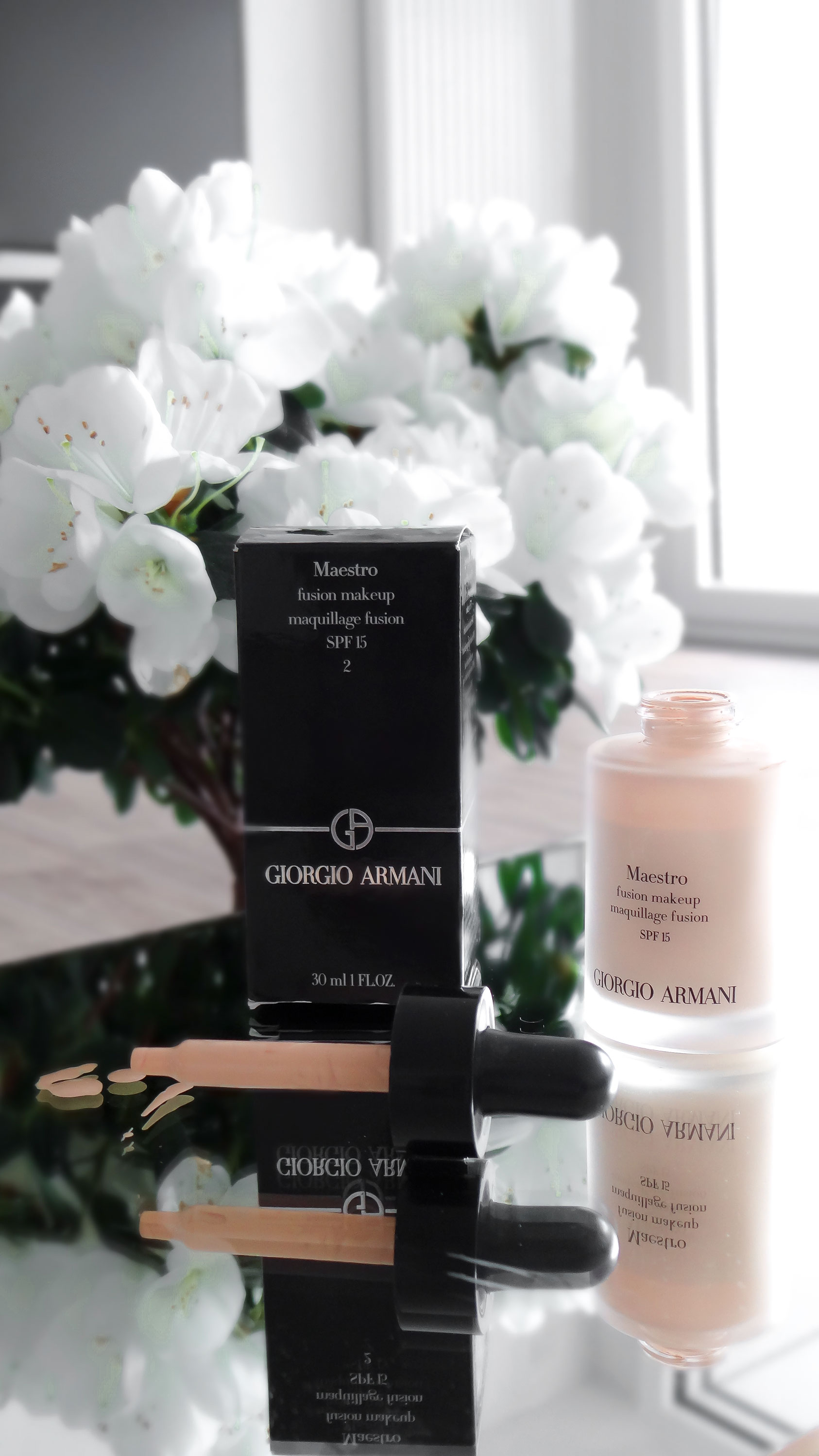 Giorgio-Armani-Fusion-Makeup-liquid-foundation-shade-2-open